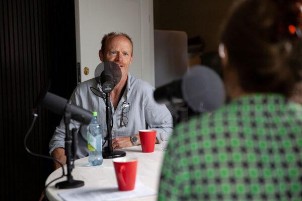 Episode 1: Ytringsfrihet og humor med Harald Eia